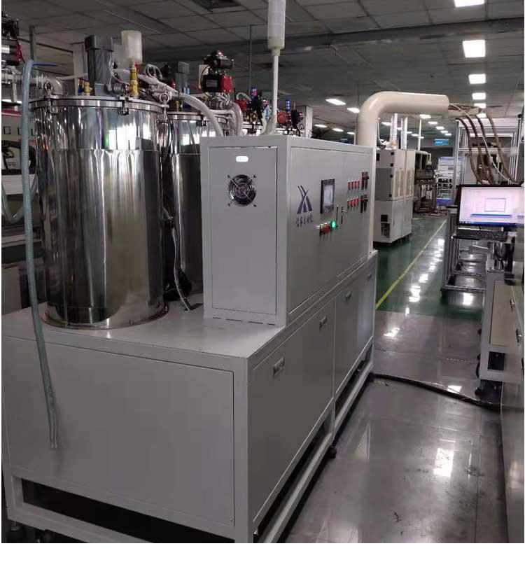 洗衣机控制板全自动灌胶机